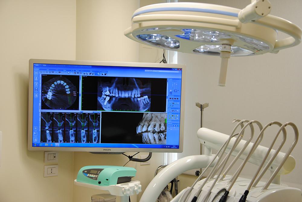 monitor-ingrandimento-clinica-sorriso